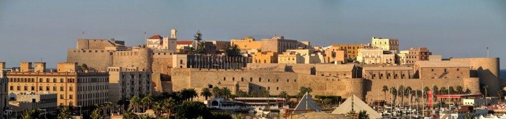 Melilla merece la pena, muchos aventureros nos piden una noche extra en Melilla para conocerla.